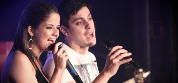 Foto do lançamento da nova música de trabalho da dupla