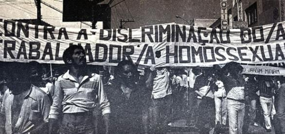 LBGTs sofriam torturas mais agressivas, diz CNV - BBC Brasil - bbc.com