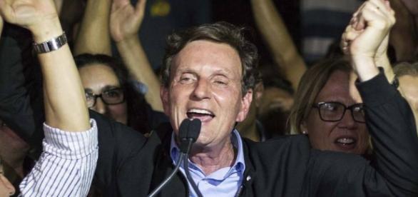 O prefeito eleito do Rio, Marcelo Crivella, em discurso após os resultados