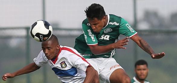 Jogando em seu CT, Palmeiras bateu São Caetano
