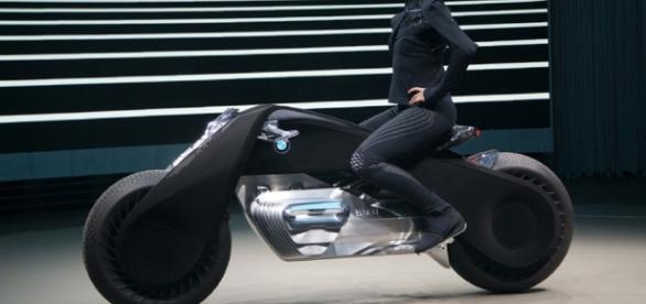 BMW presents its self-balancing motorcycle of the future - Georgia ... - georgianewsday.com