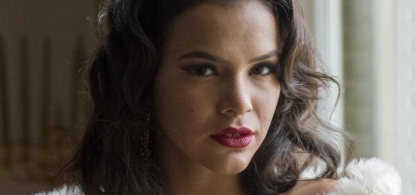 Cena de sexo com Bruna Marquezine em série da Globo cai na web e ... - com.br