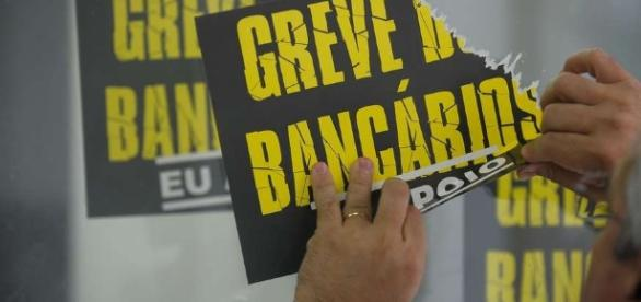 Bancários podem decidir o fim da greve.