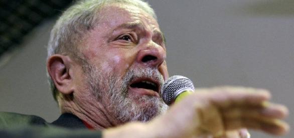 Lula sabe que pode ser preso a qualquer momento.