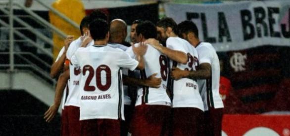 Flu esquece derrota na Vila e pensa em, assim como no turno, vencer o Flamengo pelo Brasileirão (Foto: Arquivo)