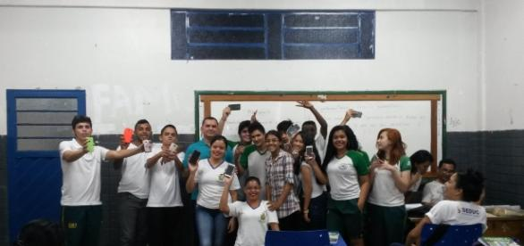 Sala de aula, Ensino Médio, no Colégio Josué de Cláudio de Souza Neto