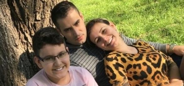Noivo de Andressa Urach liga para ex e desabafa