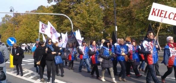 Pikiety nauczycieli odbędą się w 17 miastach. Fot. k.Krzak (archiwum)