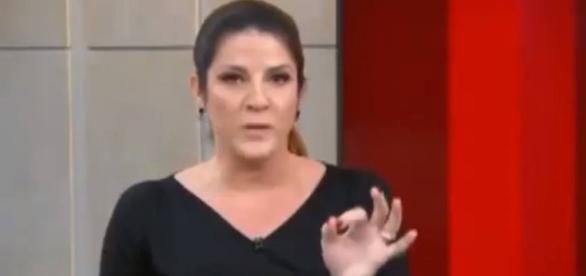Christiane Pelajo se estourou ao vivo e detonou produção.