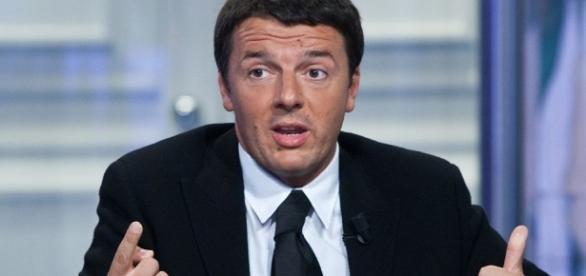 Renzi ha attaccato Berlusconi e Bersani sul referendum costituzionale
