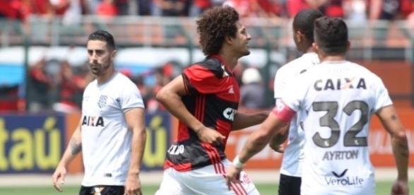 Sem poder jogar no Rio, o Flamengo volta a atuar no Pacaembu, dessa vez encarando o Santa Cruz.