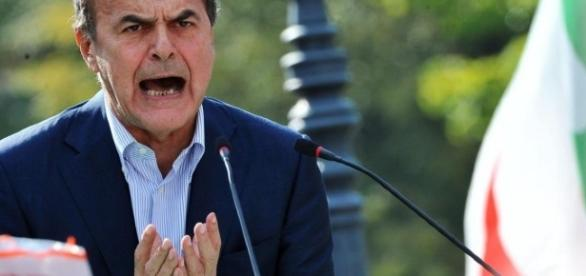 Bersani conferma il no al referendum e minaccia la scissione del Pd