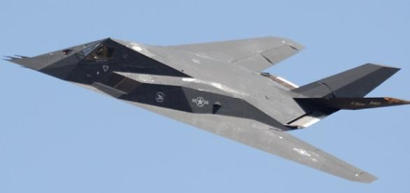 Highlights of the Riverside Airshow with F-117 - richard-seaman.com