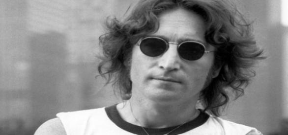 Músico britânico John Lennon faria 76 anos neste dia 9 de outubro