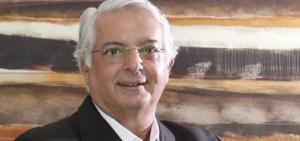 Celso Barros é o quarto candidato à presidência do Fluminense (Foto: Extra)