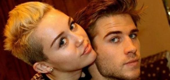 Miley Cyrus e Liam Hemsworth estariam prestes a cancelar casamento