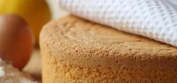 Pan di spagna alto e soffice, ricetta semplice.