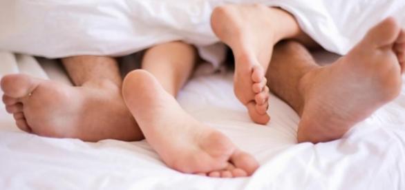 Urinar após uma relação pode ser importante para a saúde.