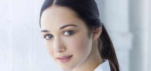 Hannah James será Geneva Dunsany em Outlander