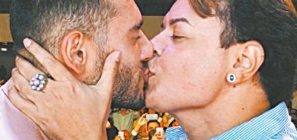 Lucas Lucco beija David Brazil