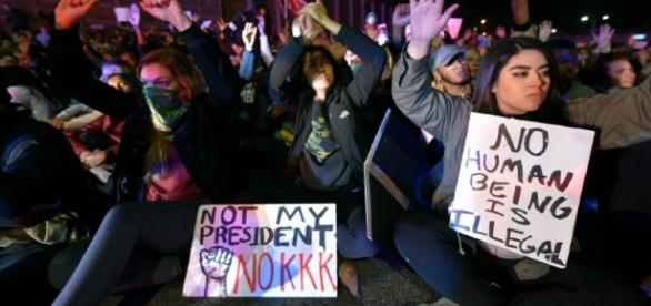2nd night of Trump protests clog UMN streets in Minneapolis - twincities.com