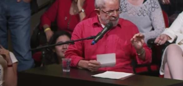 Lula culpa Temer pelos milhões de brasileiros desempregados