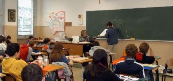 Ultime news scuola, venerdì 11 novembre: neoassunti Buona Scuola in sovrannumero