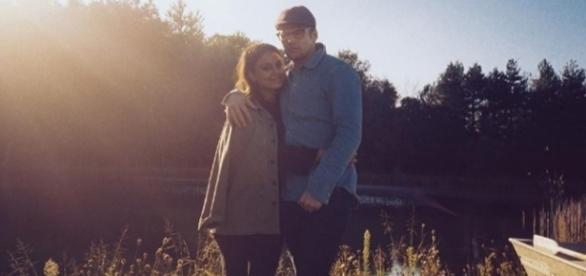 Nathalie e Zach publicaram fotos em suas redes sociais (Foto: Instagram/Reprodução)