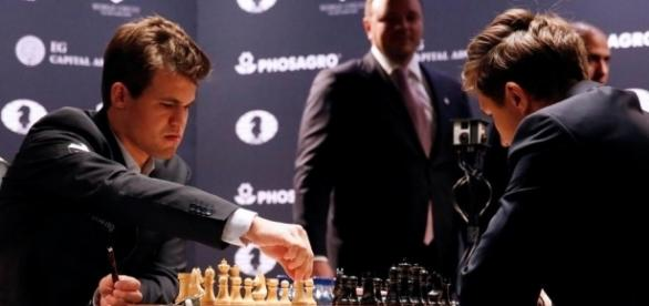 Noch ist alles offen bei der Schach-WM zwischen Magnus Carlsen und Sergey Karjakin