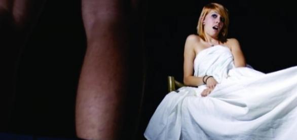 Noiva não quis mais o marido porque ficou assustada com o tamanho do pênis dele