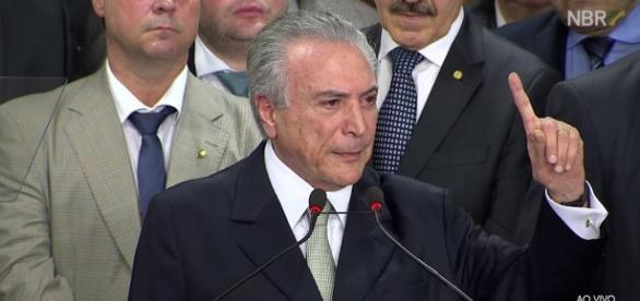 Temer se dirigiu aos prefeitos brasileiros