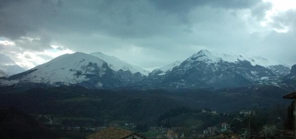 La neve è in arrivo sui Sibillini e sulle montagne delle aree colpite dal terremoto