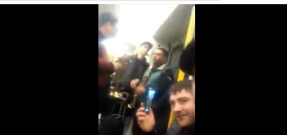 Românii s-au unit la Londra în metrou