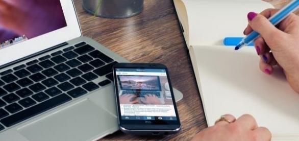 A internet pode ser uma grande aliada na hora de procurar empregos.