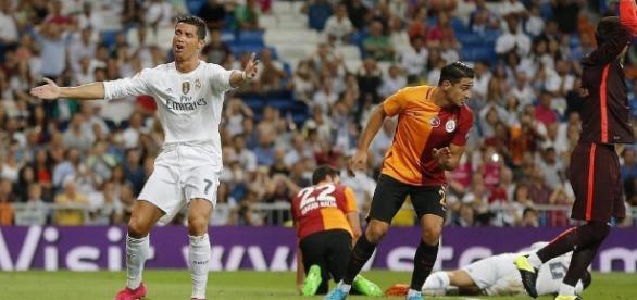 Cristiano Ronaldo se lamenta. Foto by l3o_.
