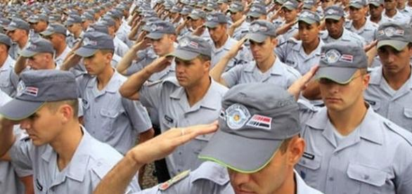 Para prencher as vagas na PM de São Paulo é preciso passar por diversas etapas de seleção