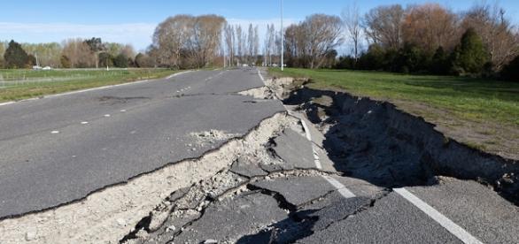 Earthquake Tips | Travelers Insurance - travelers.com