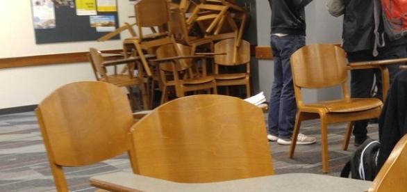 Alunos fazem barricadas em salas na Universidade Estadual de Ohio.