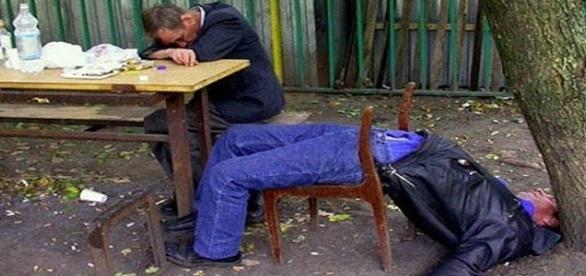 Comportamentos de pessoas bêbadas