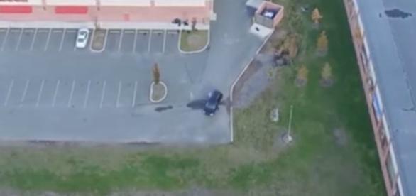 Homem colocou um drone seguindo sua esposa