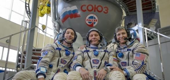 Nova tripulação da Estação Espacial Internacional (ISS).
