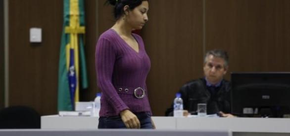 Ana Raquel Santos da Trindade durante o julgamento, que ocorreu no dia 16 de novembro