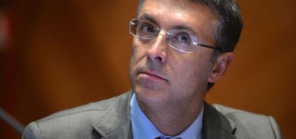 Raffaele Cantone esprime solidarietà a Rosy Bindi.