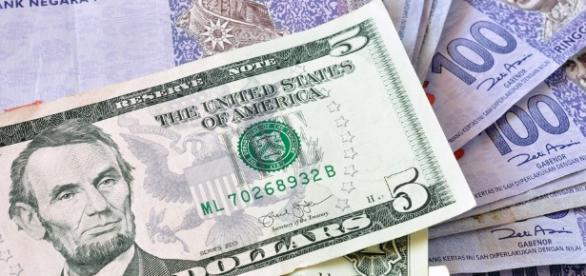 Ringgit weakens: Now more than 4 to the US dollar - ExpatGo - expatgo.com