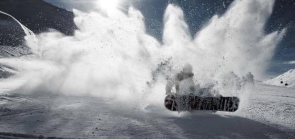 Snow / Photos by pexels, CCO Public Domain via Picabay