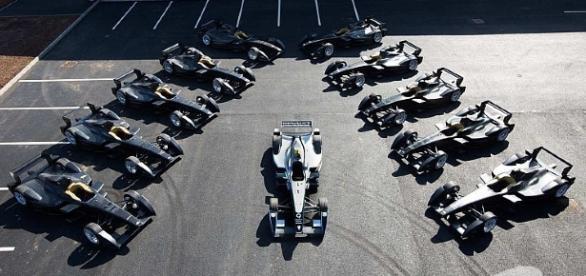 Veículos elétricos de Fórmula E para todas as famas