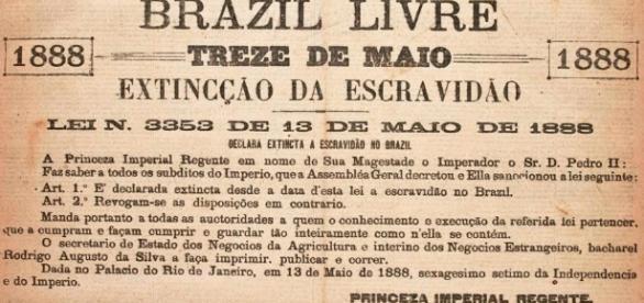 Arquivo da Lei Áurea - Fonte: blogspot.com