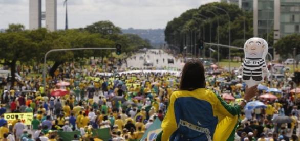 As manifestções do MBL costumam reunir milhares de pessoas