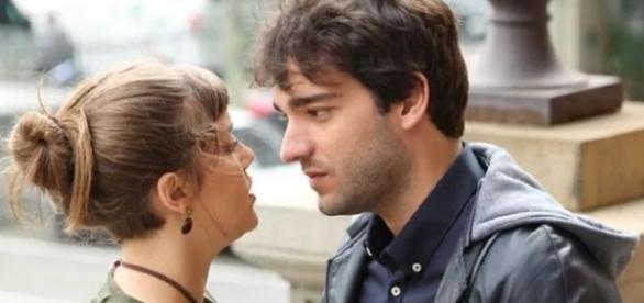 Isabela e Tiago em 'A Lei do Amor' (Divulgação/Globo)