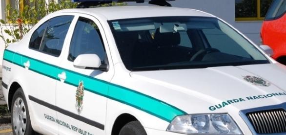 Abalroada uma viatura da GNR durante uma perseguição policial